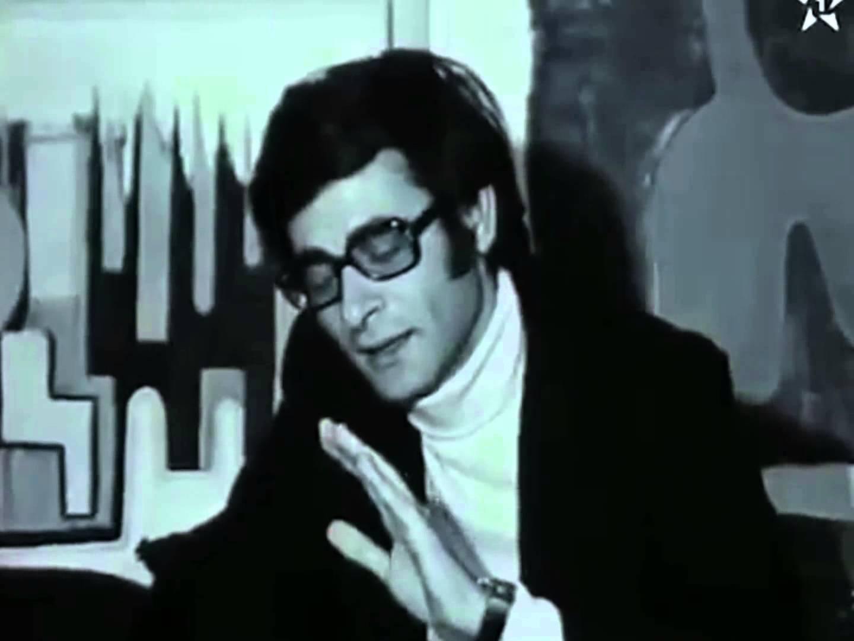 محمود درويش في اول مقابلة على التلفزيون  المغربي  صورت في مرسم لطيفة التيجاني