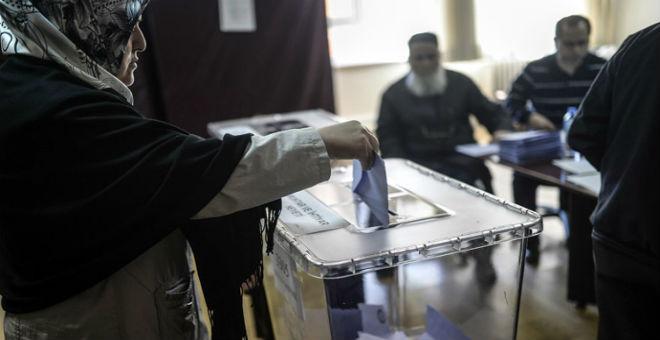 تركيا: انتخابات برلمانية سابقة لأوانها في نوفمبر