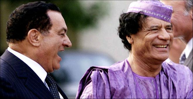 مسؤول فلسطيني سابق يتهم القذافي بمحاولة اغتيال مبارك
