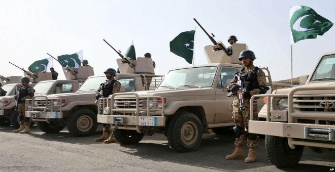 قوات التحالف ضد الحوثيين تستعد لإنزال عسكري بري بتعز