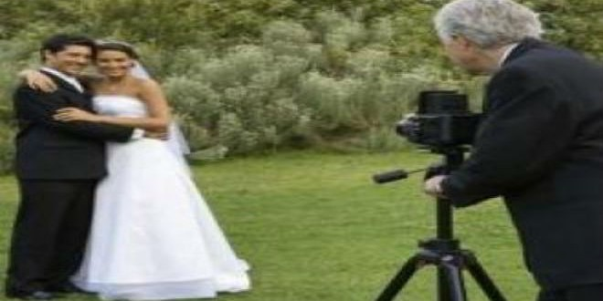 article-page-main-ehow-images-a07-r9-qu-wedding-camera-ideas-800x800_0