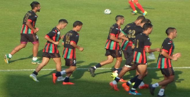 الأزمات تلاحق فريق الجيش الملكي في بداية الموسم