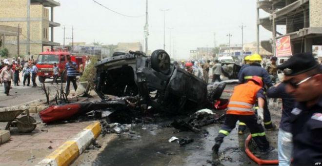 مصرع 51 شخصا في تفجيرين بالعراق