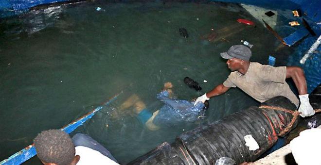ليبيا تنتشل 105 جثة لمهاجرين سريين من مياه المتوسطي
