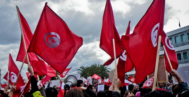 العملية السياسية في تونس: بين هشاشة المشهد السياسي وصلابة الحلم الديمقراطي