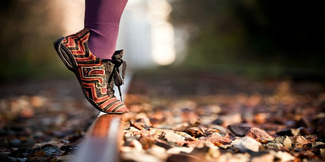 shoes-legs-autumn-leaves-railroad-macro-photo-wallpaper-2560x1600