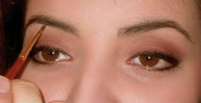 طرق سهلة لحواجب تبرز جمال وجهك