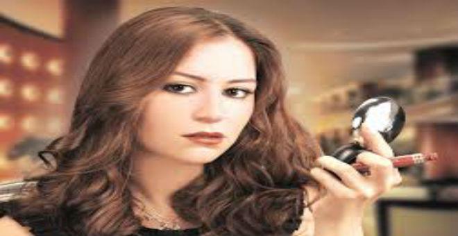 منة شلبي تعلن عن موعد زواجها
