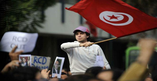 منظمات تونسية تلوح بالتظاهر ضد قانون المصالحة