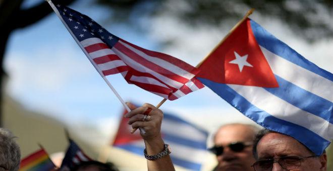 بعد نصف قرن من القطيعة..رفع العلم الأمريكي بكوبا