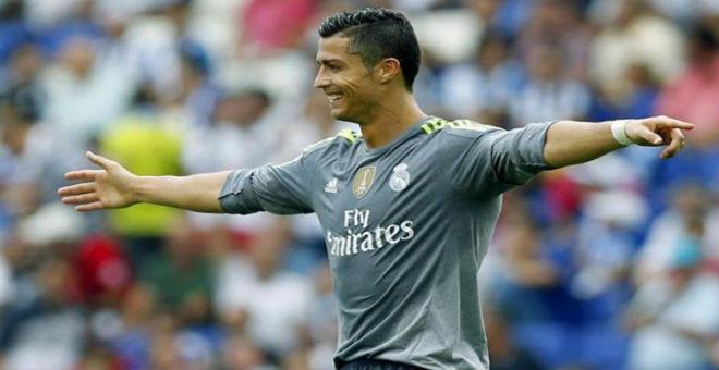 رونالدو يفاجئ الجميع ويمدد للريال حتى 2020 !