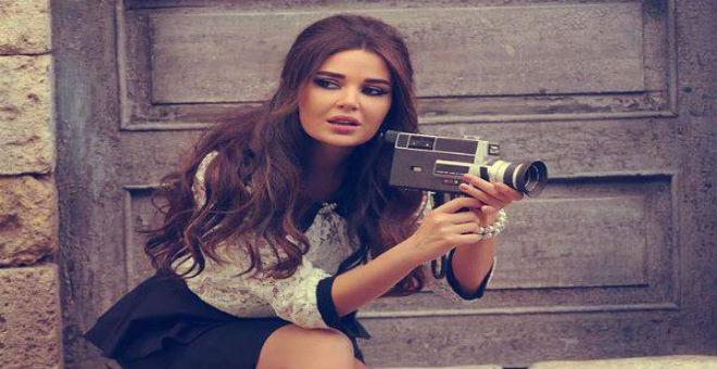 بالصور..سيرين عبد النور تقص شعرها الطويل