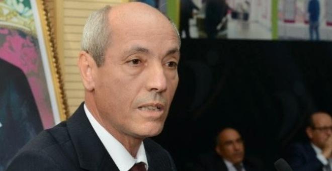 سائق طاكسي يسقط وزير التشغيل في الانتخابات