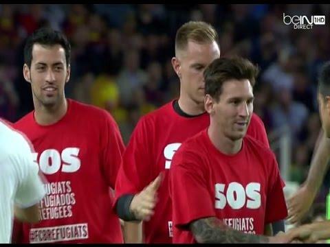 لاعبو برشلونة يرتدون قمصانا تضامنية مع اللاجئين