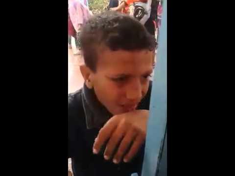 فيديو : استاذ تادارت يعتدي على تلميذ وينزع سرواله بمدينة أكادير