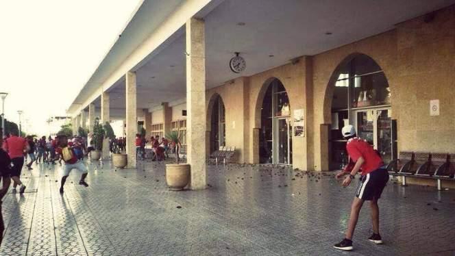 جمهور الوداد يخرب محطة سلا بعد نهاية مباراة فريقه أمام النادي القنيطري