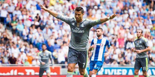 بينيتيز: رونالدو ليس أفضل لاعب دربته