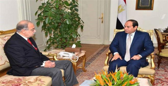 مصر: حكومة شريف إسماعيل تؤدي اليمين الدستورية
