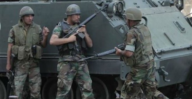 الجيش اللبناني يقصف مواقع
