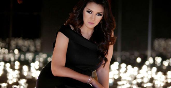 بالفيديو.. أسماء المنور تخاطب جمهورها من خلال فيديو ترويجي لـ Cop 22″