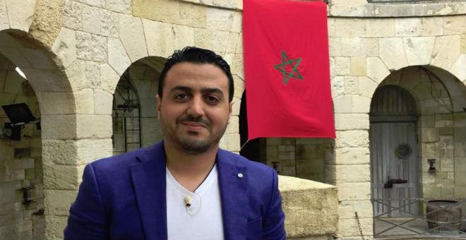 رشيد العلالي ينشر صورة نادرة للملك الراحل محمد الخامس