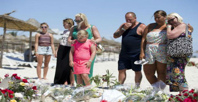 عائلات ضحايا هجوم سوسة البريطانيين تقاضي شركة أسفار