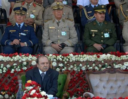 الرئيس الجزائري عبد العزيز بوتفل