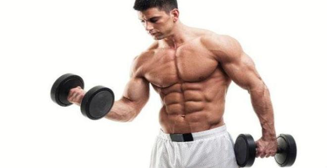 للرجل: ما هي الحمية الصحية لبناء عضلات قوية؟