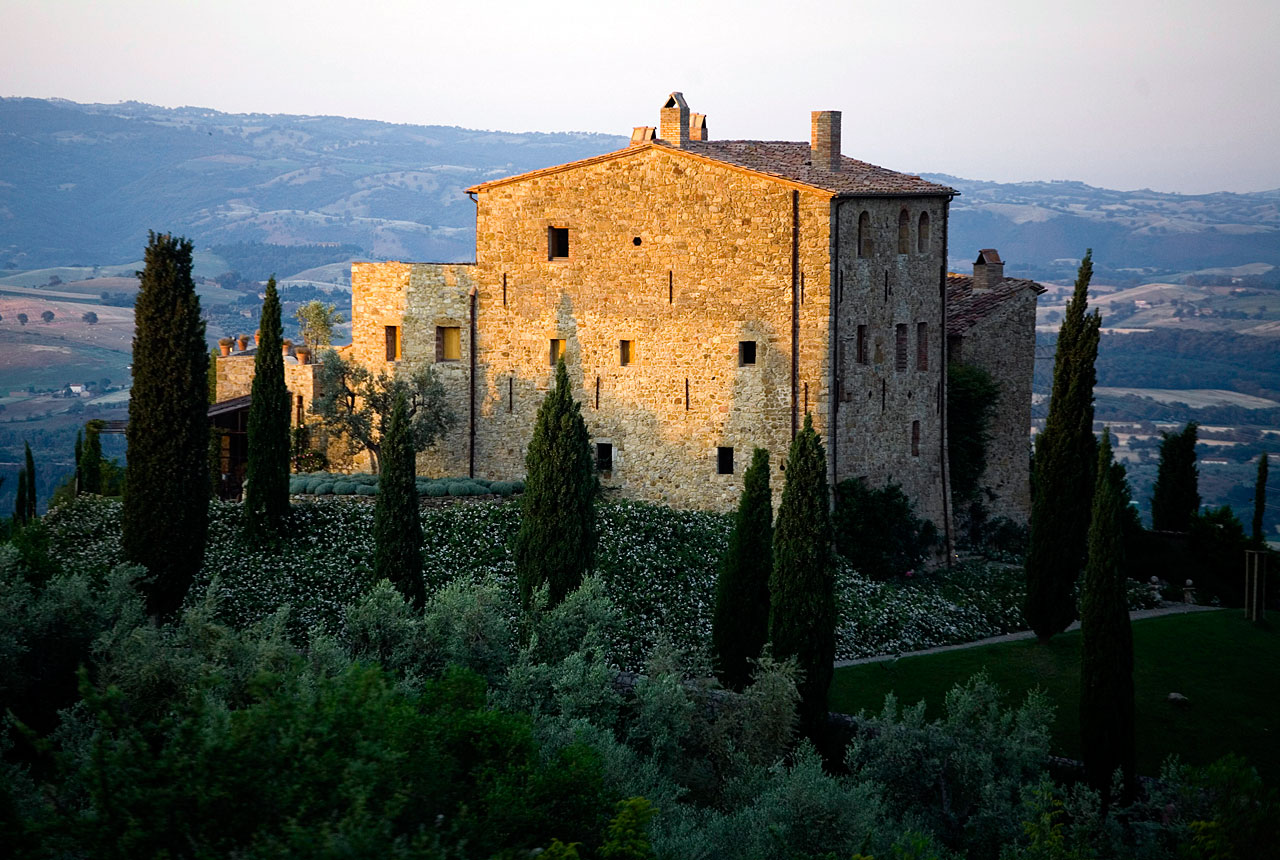 castello-di-vicarello-dawn001