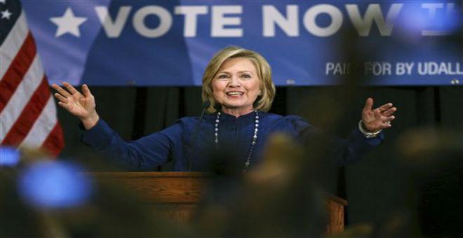 هيلاري كلينتون: يمكن لشخص مسلم رئاسة الولايات المتحدة
