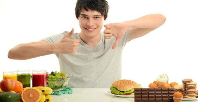 أسوأ 7 عادات تزيد وزنك في العيد