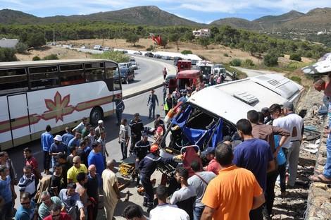 إصابة العشرات في حادث انحراف حافلة للمسافرين بين طنجة وتطوان