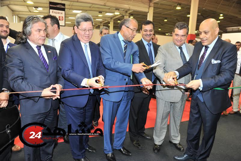 بالصور. الرباح.. الغائب الأكبر في افتتاح المعرض الدولي للسيارات