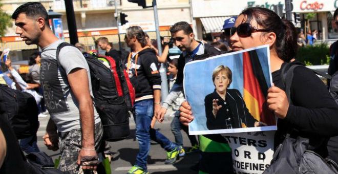ألمانيا تتوعد المهاجرين غير الشرعيين بالترحيل