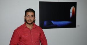 المصور الشاب حمزة