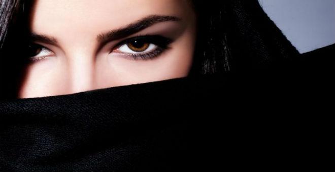 الماكياج العربي.. لعيون أوسع وأكثر جاذبية