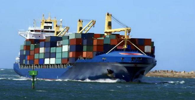 الجزائر: تراجع في الصادرات وعجز في الميزان التجاري