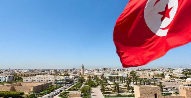 خبير اقتصادي: غياب الرؤية الاقتصادية يهدد استقرار تونس سياسيا
