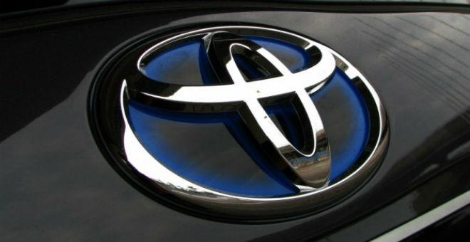 تويوتا تستدعي 5ر6 مليون سيارة حول العالم