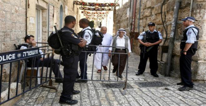 إسرائيل تفرض حواجزا على مداخل الأحياء الفلسطينية في القدس