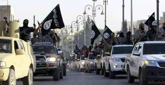 سوريا..العشرات من أسر مقاتلي