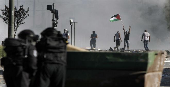 دعوات ليوم غضب فلسطيني وإسرائيل تستنفر قواتها
