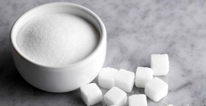 هذا ما يحصل للجسم عند التوقف عن تناول السكريات