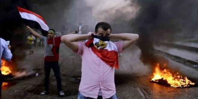 -عنف-في-شوارع-مصر-قد-تتحول-إلى-ما-لا-يحمد-عقباه-e1446211696141