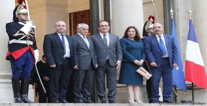هولاند يستقبل الرباعي التونسي الحائز على جائزة