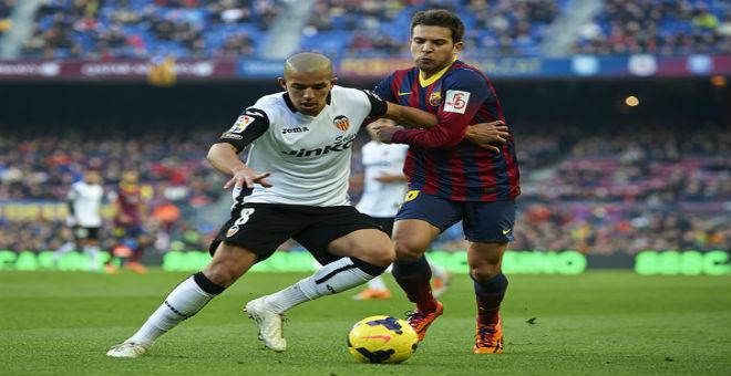 هل ينتقل سفيان فيغولي إلى صفوف برشلونة ؟