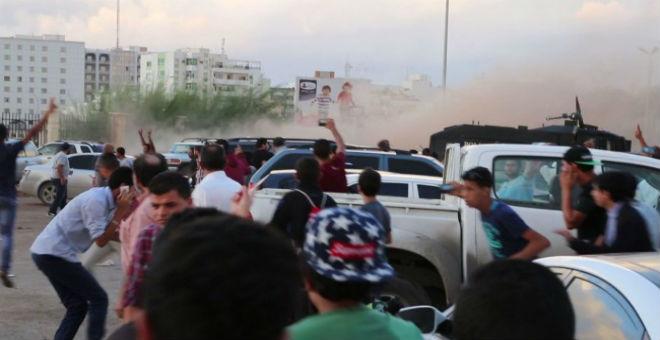 قتلى وجرحى في مظاهرة ببنغازي ضد حكومة الوفاق