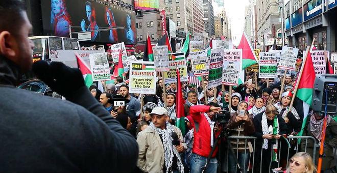 مظاهرات شيكاغو ونيويورك 1