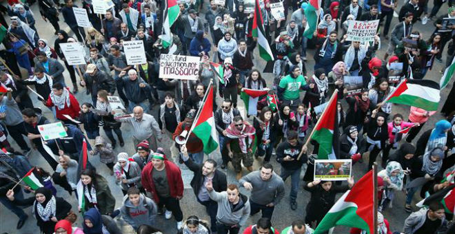 بالصور..مظاهرات بأمريكا تنديدا بالجرائم الإسرائيلية