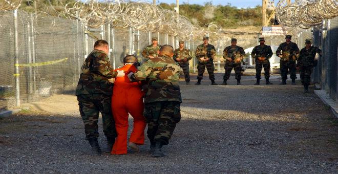 إطلاق سراح آخر معتقل بريطاني في سجن غوانتنامو